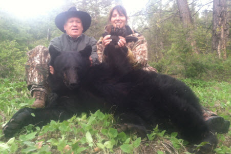 Idaho Spring and Fall Black Bear Hunts, Idaho Black Bear Hunting and quality Black Bear Hunts.